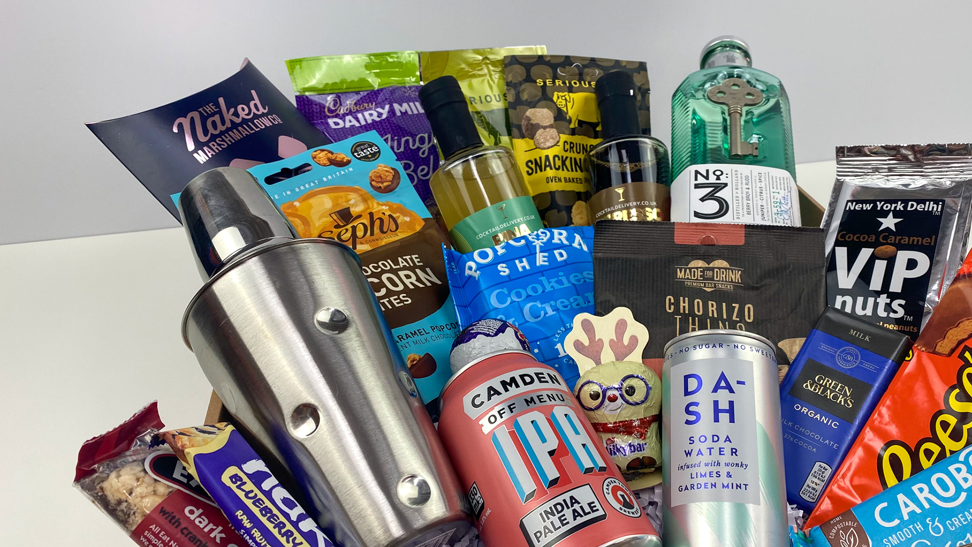 Win a Colleague Box hamper including food and drink, worth £100!